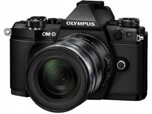 Фото та відеокамери